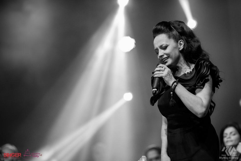 event-agency-singer-lucie-bila-ciganski-diabli-zilina-2015-11