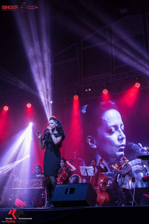 event-agency-singer-lucie-bila-ciganski-diabli-zilina-2015-45