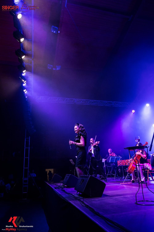 event-agency-singer-lucie-bila-ciganski-diabli-zilina-2015-56