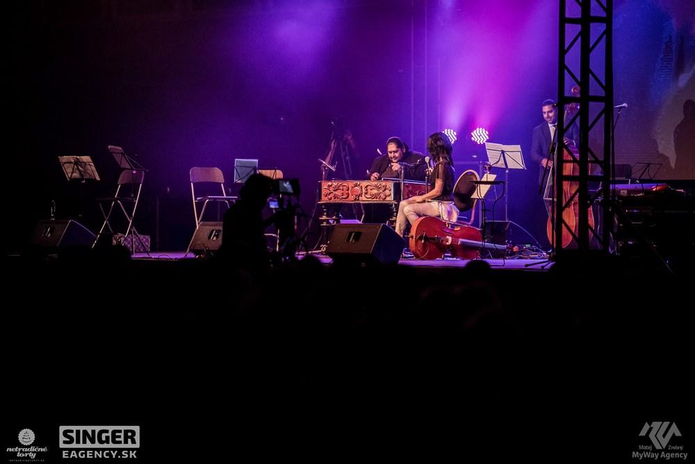 eventova-agentura-singer-koncert-lucie-bila-ciganski-diabli-zilina-06