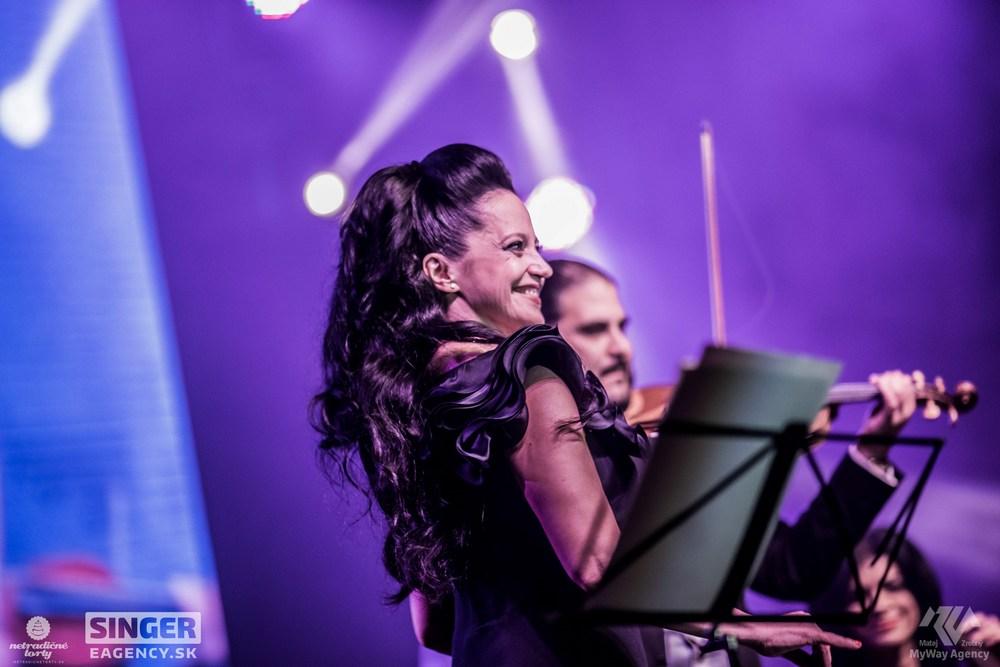 eventova-agentura-singer-koncert-lucie-bila-ciganski-diabli-zilina-18