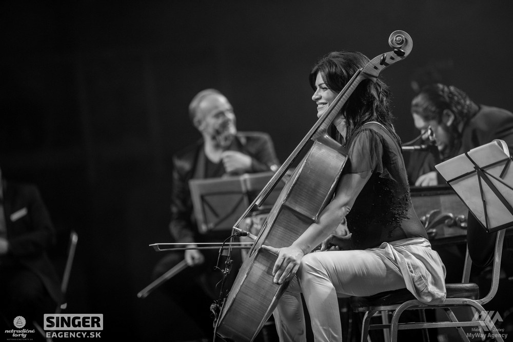 eventova-agentura-singer-koncert-lucie-bila-ciganski-diabli-zilina-53