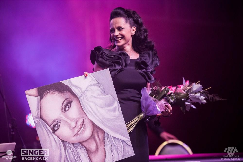 eventova-agentura-singer-koncert-lucie-bila-ciganski-diabli-zilina-58