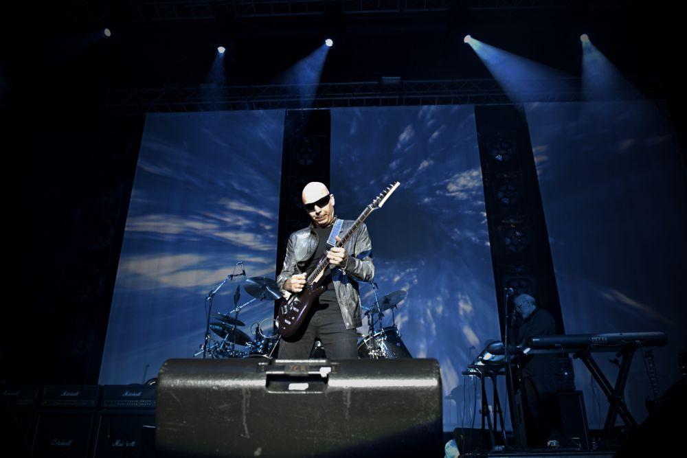 joe-satiani-koncert-bratislava-02