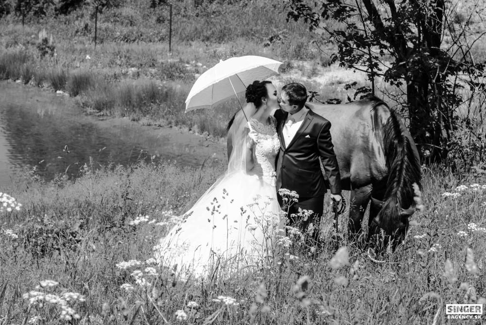 svadobny-fotograf-fotenie v prirode-zilina-cadca-knm-rajec-bytca-05