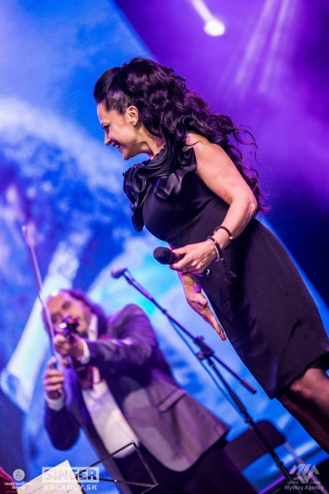 eventova-agentura-singer-koncert-lucie-bila-ciganski-diabli-zilina-22