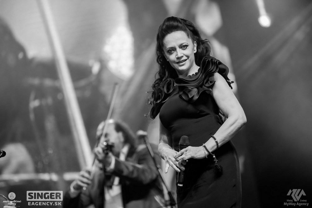 eventova-agentura-singer-koncert-lucie-bila-ciganski-diabli-zilina-23