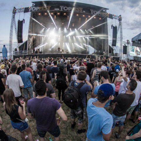 topfest-13-rocnik-rockovy-festival-najvacsi-slovensko-zilina-singer-agency-event-print-media-agentura-017